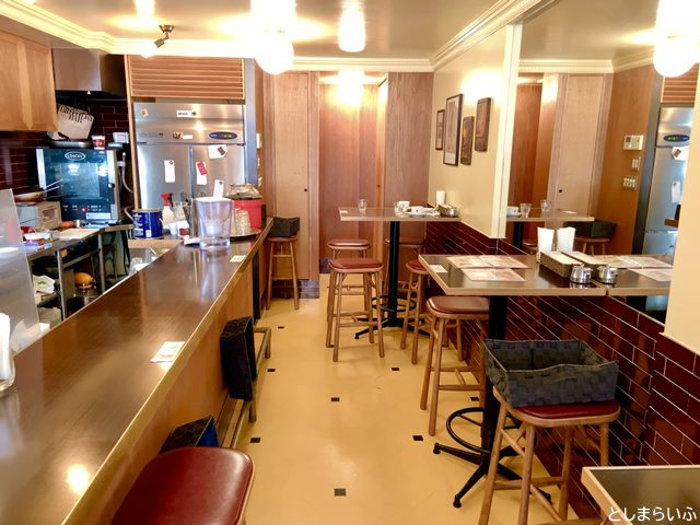 目白 CAFE CUPOLA カフェクーポラ 店内