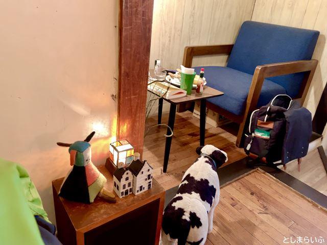 カフェ lamp 店内のオブジェ