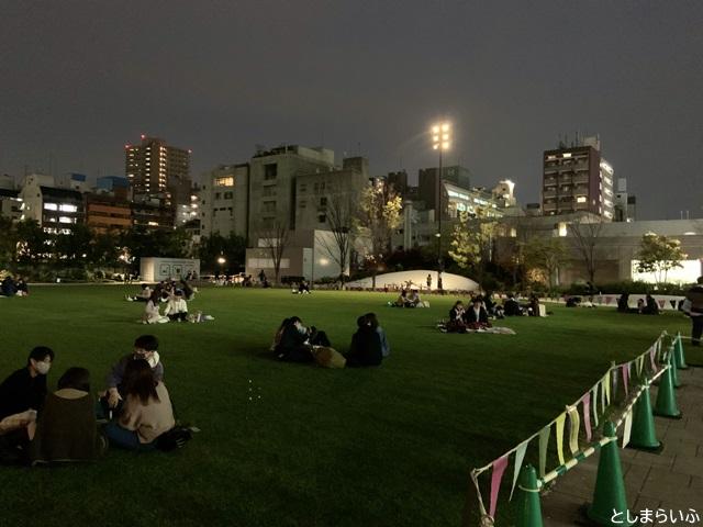 南池袋公園 夜ピクニック