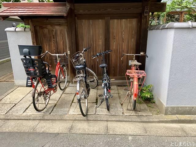 ニシイケバレイの自転車置き場