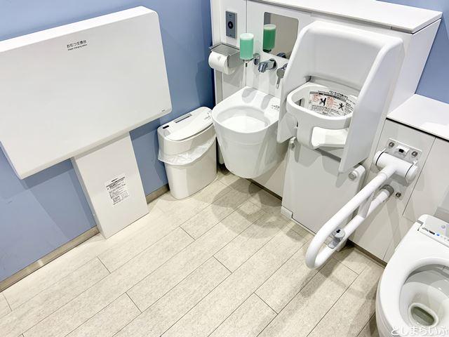 池袋パルコ 多目的トイレ