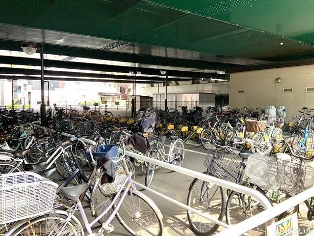 椎名橋自転車駐車場(北)
