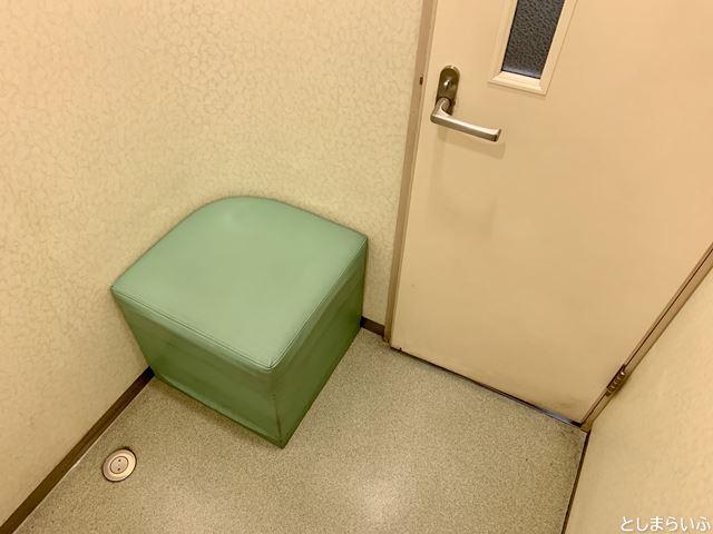 東急ハンズ池袋 授乳室の中